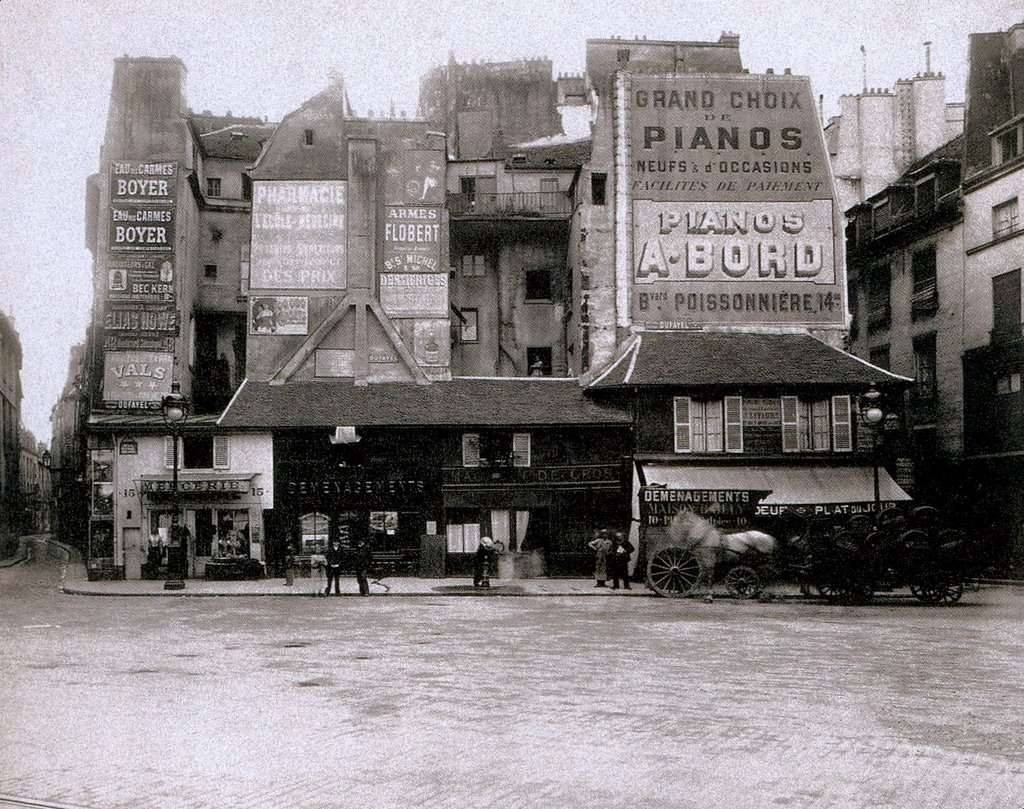 La-place-Saint-Andre-des-Arts-en-1898-Eugene-Atget