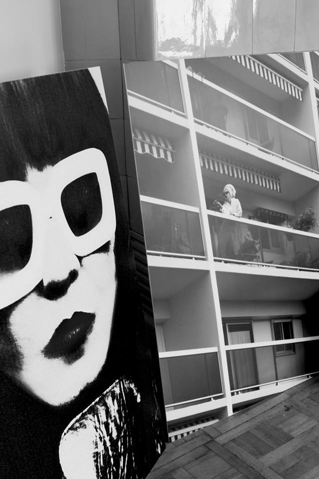 Langa pie sienas_autore_Karlīna-Vitoliņa